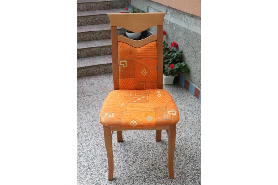 Stolička DM 13