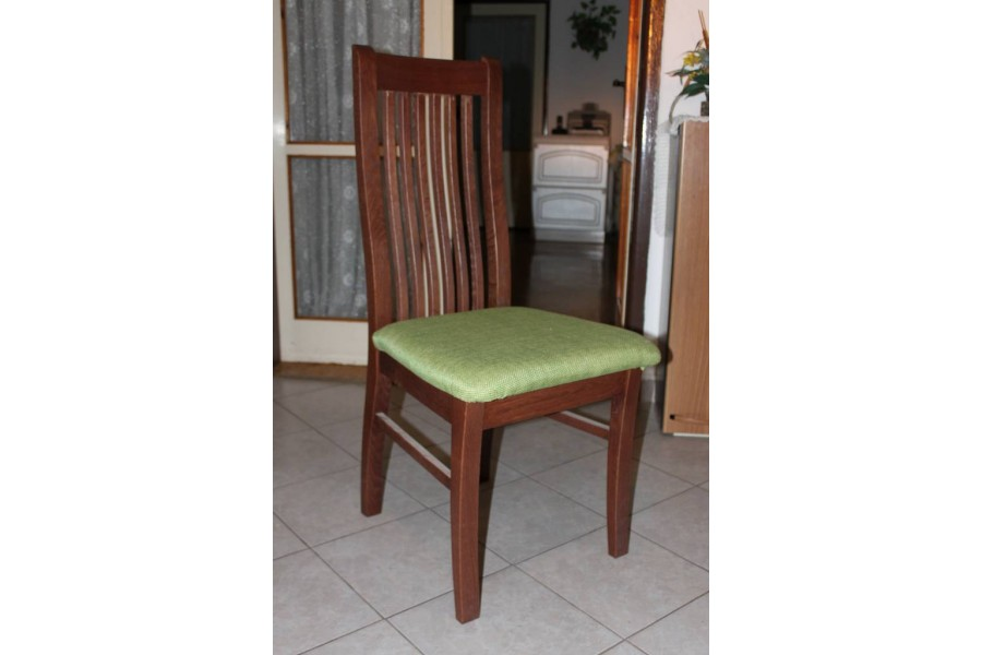 Stolička DM 12