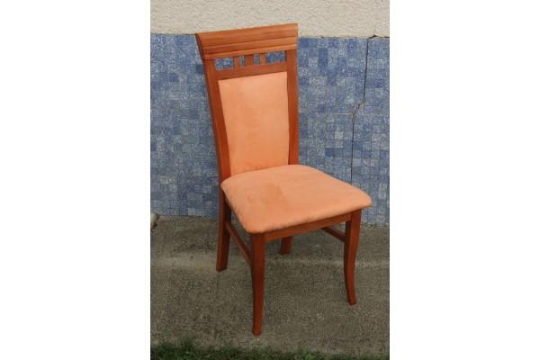 Stolička DM 24