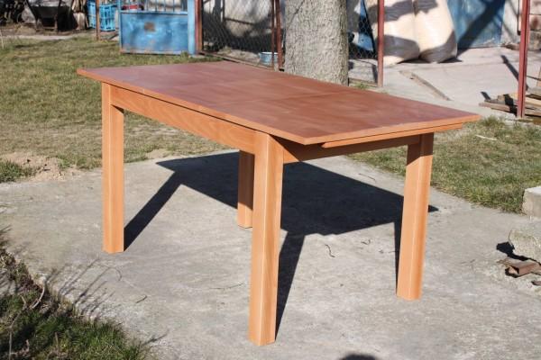 Stôl Lukáš